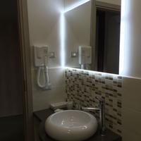 B&B Napoli Milionaria Bathroom