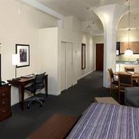 Le Square Phillips Hotel And Suites Guestroom
