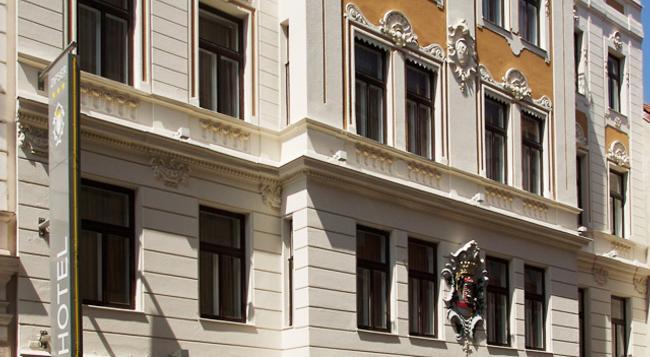 Hotel Zipser - Vienna - Building