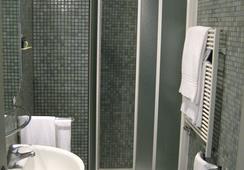 Hotel Lilium - โรม - ห้องน้ำ