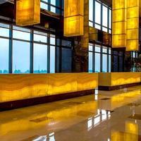 Renaissance Shanghai Zhongshan Park Hotel Lobby