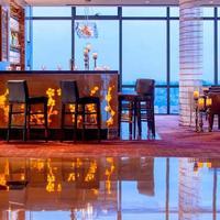 Renaissance Shanghai Zhongshan Park Hotel Hotel Lounge