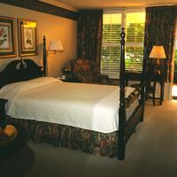 Phoenix Greenvilles Inn Guest Room