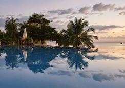 Chen Sea Resort & Spa - ฟูก๊วก - สระว่ายน้ำ