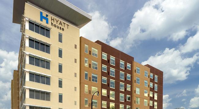 Hyatt House Atlanta Downtown - Atlanta - Building