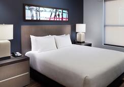 Hyatt House Atlanta Downtown - แอตแลนตา - ห้องนอน