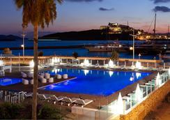 Ibiza Corso Hotel & Spa - อิบิซา - สระว่ายน้ำ