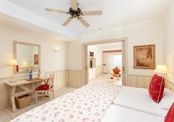 Gran Castillo Tagoro Family & Fun Playa Blanca - ปลายา บลังกา - ห้องนอน