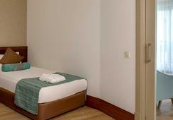 Side Crown Palace - ไซส์ - ห้องนอน