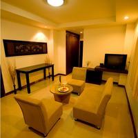 Sinsuvarn Airport Suite Suite