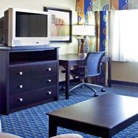Holiday Inn Express & Suites Phoenix/Chandler (Ahwatukee) Suite