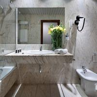 Exe Salamanca Bathroom