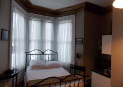 Suites of Euston - ชาลอตทาว์น (Prince Edward Island) - ห้องนอน