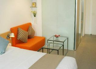 60 West Suites Hotel