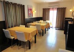 Inn Luanda - ลูอันดา - ร้านอาหาร