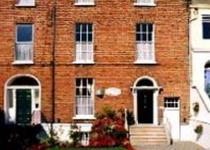 Clara House Guesthouse