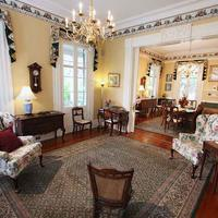 The Ashley Inn Hotel Interior