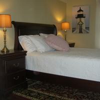 Nantucket White House Inn Guestroom