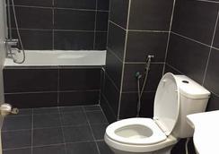 Kinta Riverfront Hotel & Suites - อีโปห์ - ห้องน้ำ