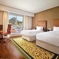 Hilton Cape Town City Centre Guest room