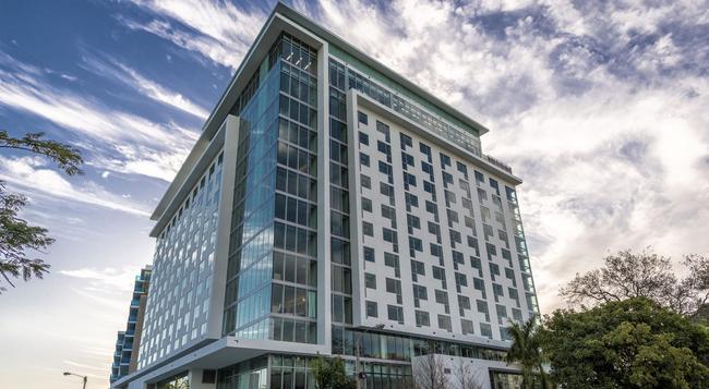 Atton Brickell Miami Hotel - Miami - Building