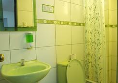 Paypurix Hostel - Lima Airport - ลิมา - ห้องน้ำ