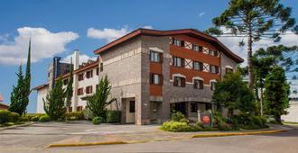 Hotel Laghetto Allegro Alpenhaus - กรามาโด - อาคาร