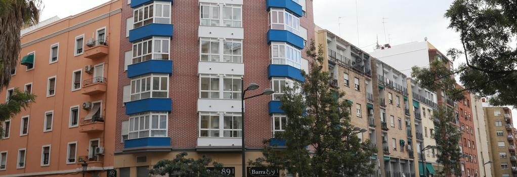 B&B Habitaciones Barra89 - Valencia - Building