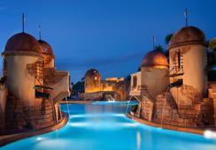 Disney's Caribbean Beach Resort - เลคบัวนาวิสตา - สระว่ายน้ำ
