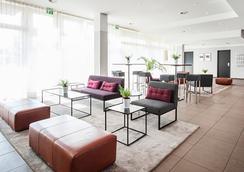 Azimut Hotel Munich - มิวนิค - ล็อบบี้