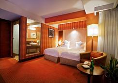 Grand Hotel Boutique - เซอร์ซูฟ - ห้องนอน