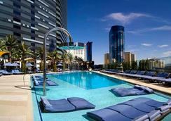 The Cosmopolitan Of Las Vegas - ลาสเวกัส - สระว่ายน้ำ