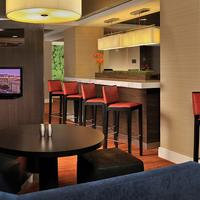 Courtyard by Marriott Washington Convention Center Bar/Lounge