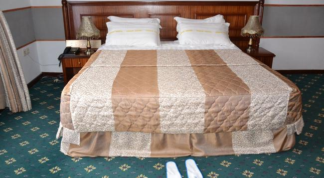 Venus Hotel - Kinshasa - Bedroom
