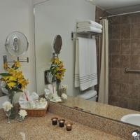Mision Express Mcallen Bathroom