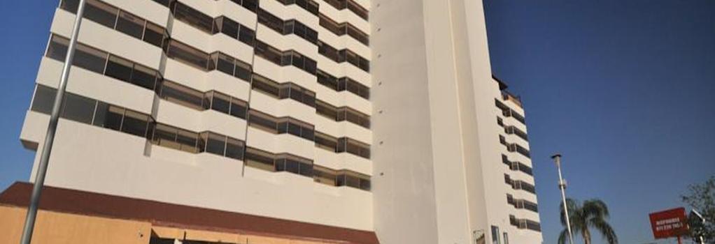 Mision Torreón - Torreon - Building
