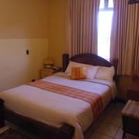 Hotel Casa Cambranes Guestroom