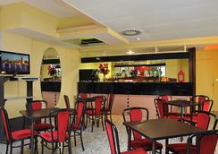 Hotel Tiberius - ริมินี - บาร์