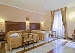 Hotel Alimandi Vaticano - โรม - ห้องนอน