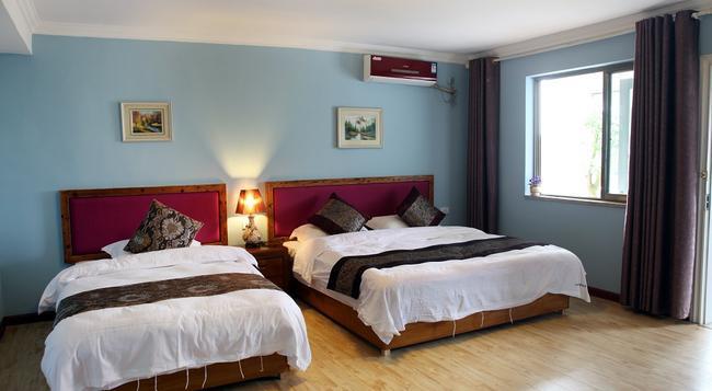 Guilin Riverside Inn - Guilin - Bedroom