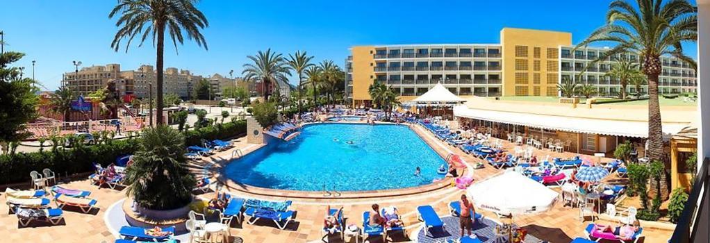 Hotel Mare Nostrum - Ibiza - Building