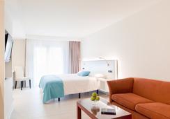 Hotel & Spa La Terrassa - ปลาตฮา ดาโร - ห้องนอน