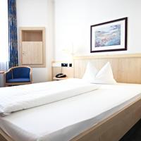 InterCityHotel Rostock Guest room
