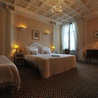 Best Western Hotel d'Anjou Triple Guest Room