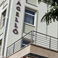Jagello Business Hotel Exterior
