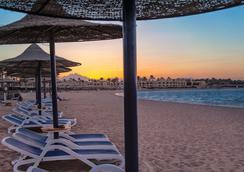 Cleopatra Luxury Resort Makadi Bay - ฮูร์กาดา - ชายหาด