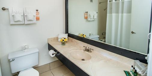 โรงแรมฮูตเทอร์สคาสิโน - ลาสเวกัส - ห้องน้ำ