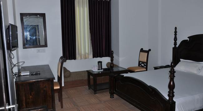 Hotel Apano Rajasthan & Holiday Resort - Jaipur - Bedroom