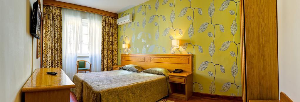 Hotel Avenida Park - Lisbon - Bedroom