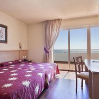 Best Oasis Tropical Guestroom